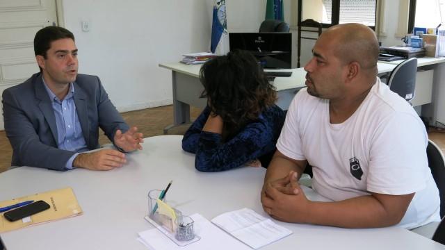 Jovem é vítima de intolerância religiosa dentro de escola em São Gonçalo
