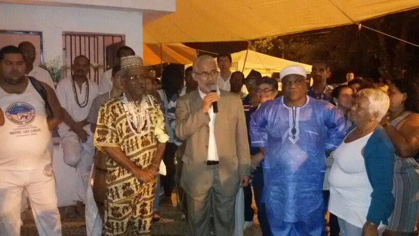Pai Luiz ao lado do Deputado Estadual Gilberto Palmares e do Babalawó Ivanir dos Santos, interlocutor da CCIR