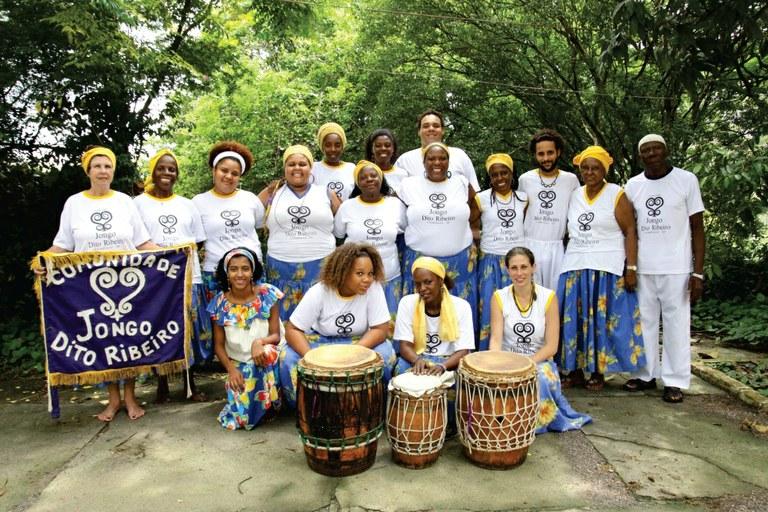 Exposição fotográfica e CD tratam tambores como expressão Comunidade Jongo Dito Ribeiro, em Campinas (SP) Divulgação/Pontão de Cultura do Jongo