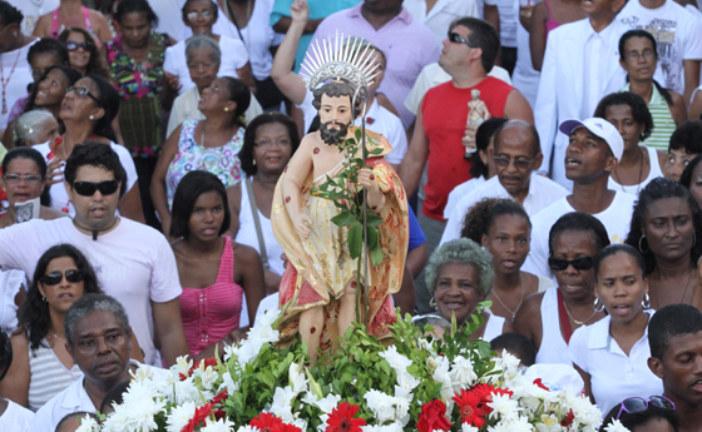 SALVADOR:  Fiéis celebram o dia de São Roque com missa e procissão em Salvador