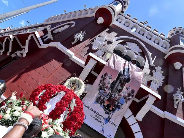 Santa Bárbara é padroeira do Corpo de Bombeiros (Foto: Max Haack/Ag. Haack)