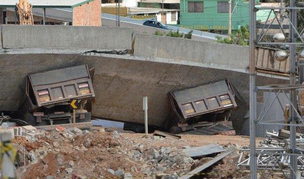 Em 2014, em plena Copa do Mundo, a queda do viaduto na avenida Pedro I, em BH, chocou a cidade e o país