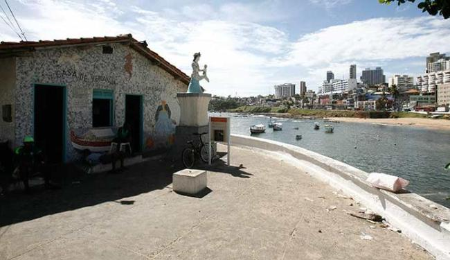 Fernando Amorim | Ag. A TARDE Presentes são deixados por devotos no interior da Casa do peso, no Rio Vermelho