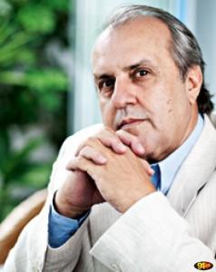 CAPA-O-médium-paulista-Robério-Alexandre-Bavelone-conhecido-nacionalmente-como-Robério-de-Ogum.-238x300