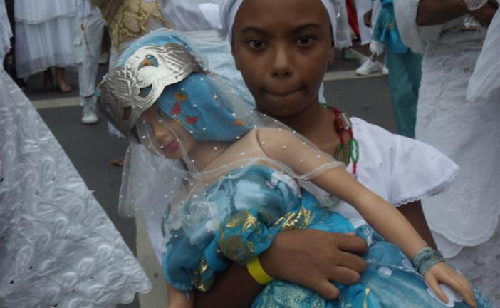 Filhos de Gandhi e Estrela de Oyá celebram Iyemanjá