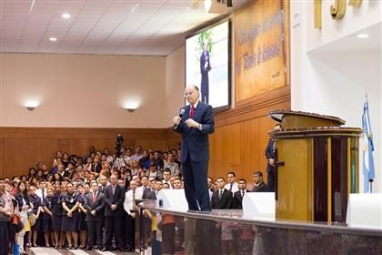 Bispo Edir Macedo, fundador da igreja Universal do Reino de Deus Fotografia © D.R - Facebook de Edir Macedo