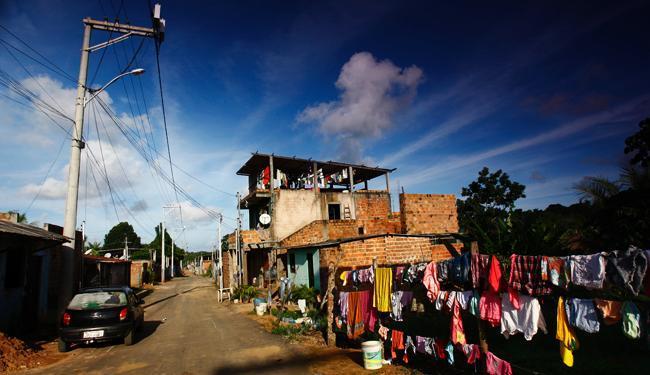 """Vista do Loteamento Santo Antônio, em Cajazeiras 11, que é conhecido como """"Shopping dos Terreiros"""""""