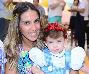 Juliana Despírito e a filha. (Foto: Agnews)