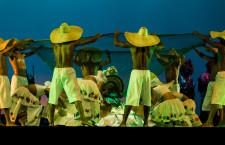 Herança Sagrada - A corte de Oxalá. Espetáculo em comemoração aos 25 anos da Cia de Dança.