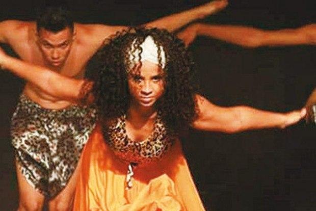 A Cia. Raiz Dança Afro-Brasileira se apresenta no Sarau da Lona Foto:Divulgação