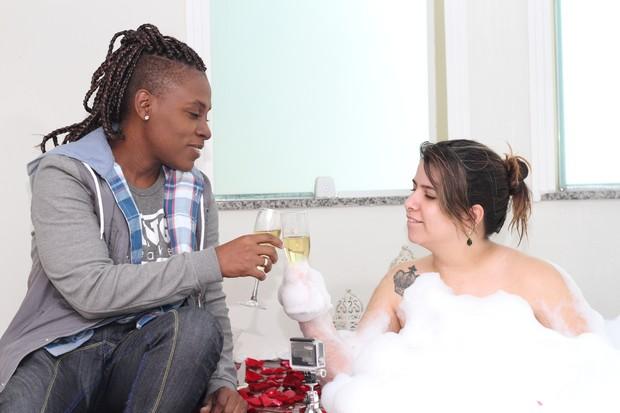 Neném e Thaís Baptista na véspera do casamento (Foto: Mateo Neto e Daniela Loyola/Divulgação)