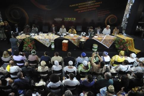 Lançamento do Plano Nacional de Desenvolvimento Sustentável dos Povos e Comunidades Tradicionais de Matriz Africana, Seppir, 2013 [Agência Brasil]