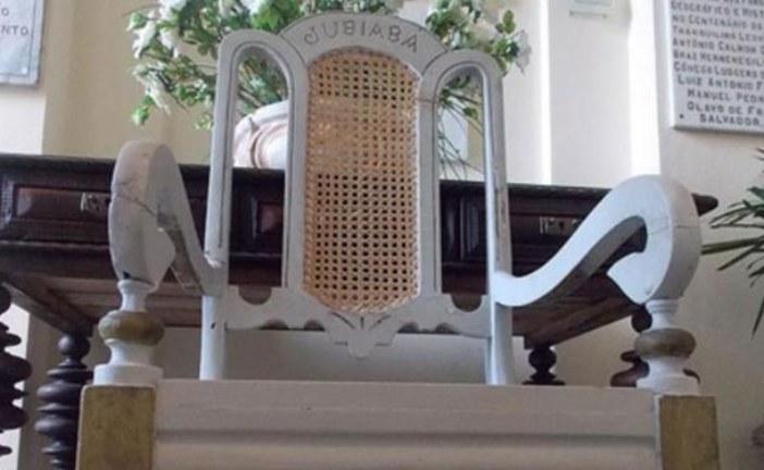 Cadeira de Jubiabá é devolvida 95 anos depois de apreensão