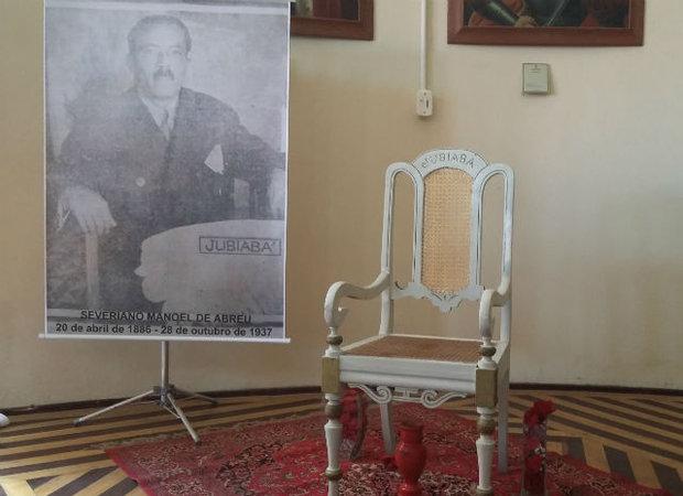 Cadeira que pertenceu a Jubiabá estava no IGHB há 95 anos (Foto: Amanda Palma)