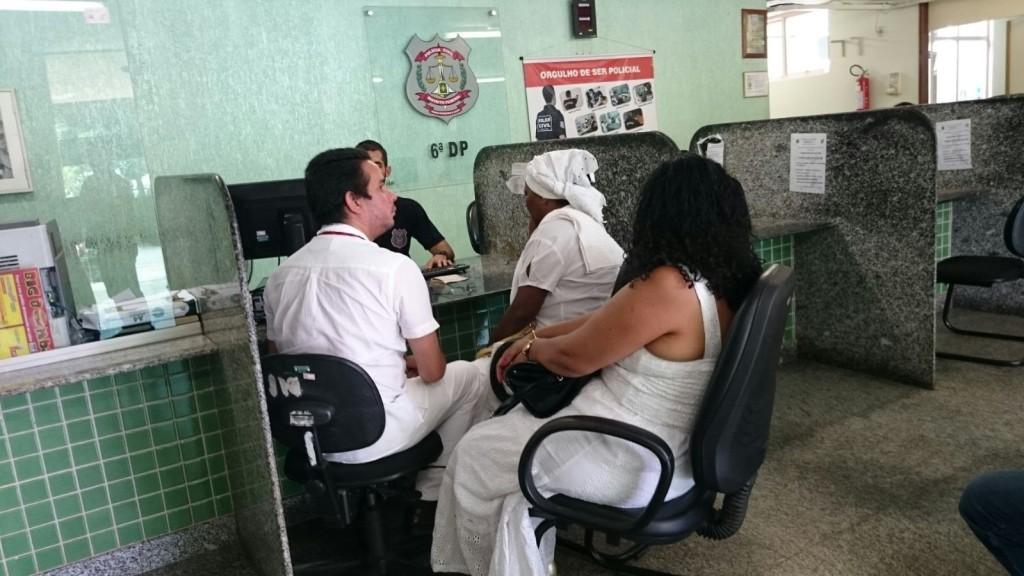 Mãe Baiana registra ocorrência na 6ª Delegacia de Polícia, no ParanoáCaroline Bchara/Metrópoles