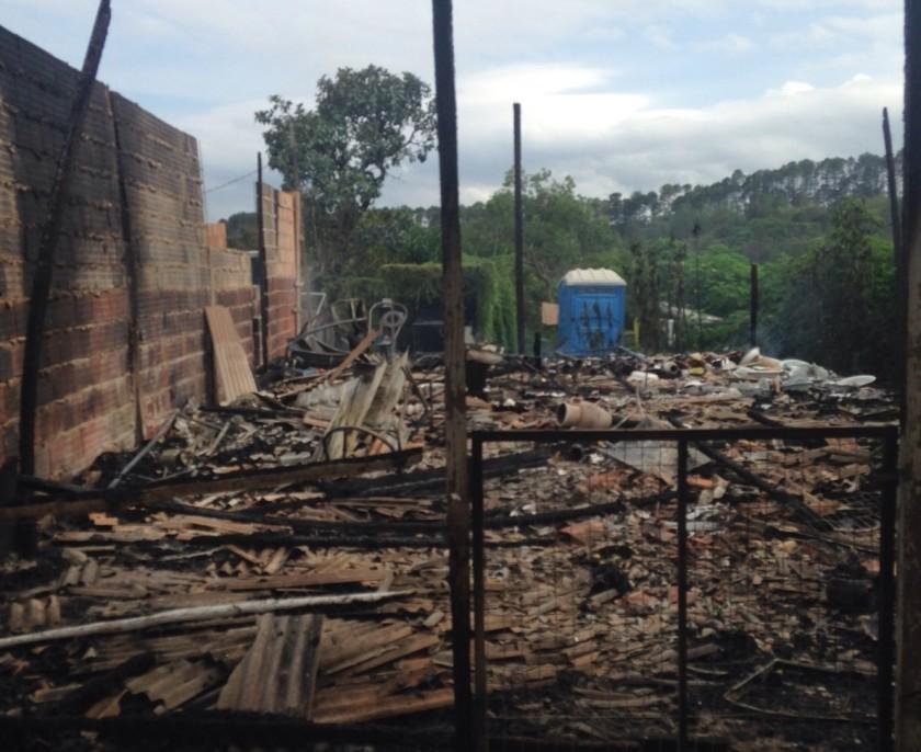 Local foi totalmente consumido pelas chamasArquivo Pessoal/Marta Carvalho