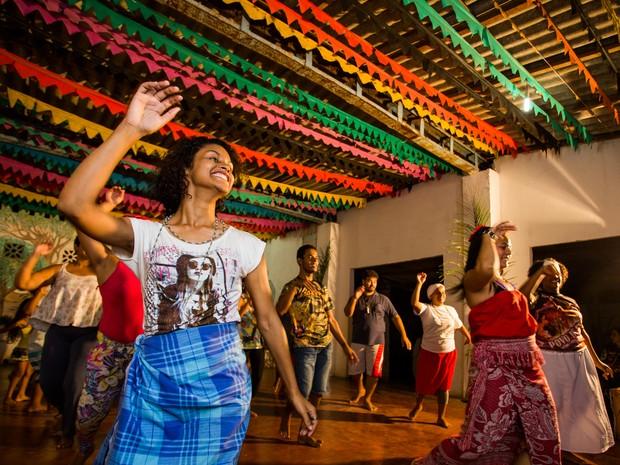 Cultura afro é disseminada por meio da música e da dança (Foto: Jonathan Lins/G1)