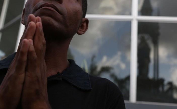 Morro da Conceição acolhe adeptos de diversas religiões no Recife