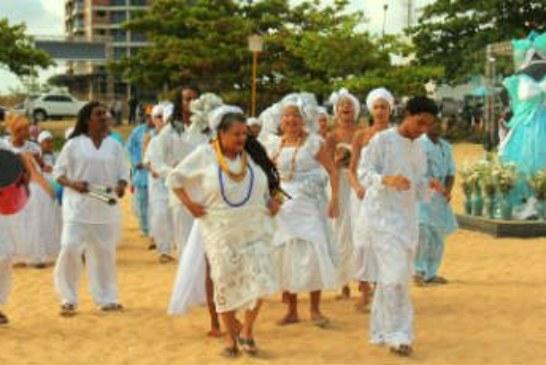 Terça-feira de festas dedicadas a Iemanjá no Grande Recife