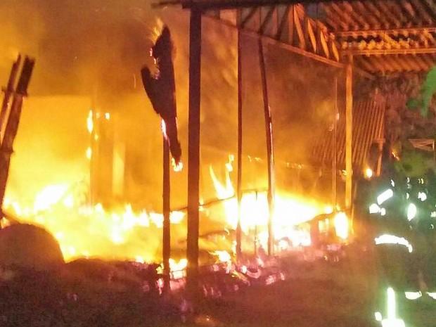 Incêndio em terreiro de Candomblé, em Brasília (Foto: Polícia Militar/Divulgação)