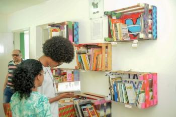 Leonardo Silveira Moradores podem ajudar a montar o acervo através de doações de livros