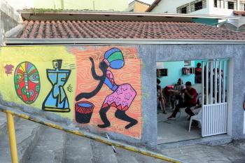 Leonardo Silveira Núcleo Afro Odomodê é um espaço de conhecimento, convivência e fortalecimento de vínculos