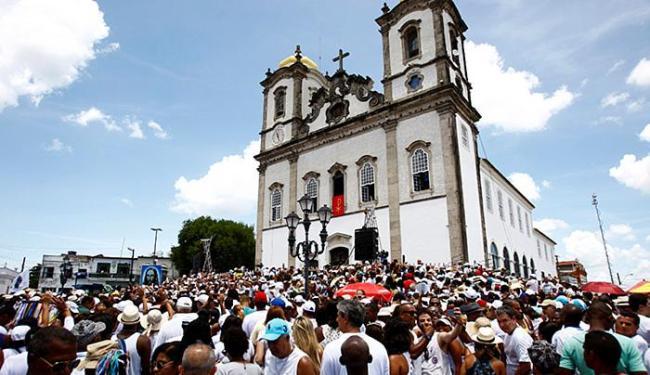 Fernando Vivas | Ag. A TARDE O ponto máximo da lavagem ocorre na famosa e mística Igreja do Bonfim