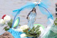 Cesta com flores na Praia do Rio Vermelho, na Bahia, na festa de Iemanjá (Arquivo 02/02/2008)Fábio Rodrigues Pozzebom/Agência Brasil