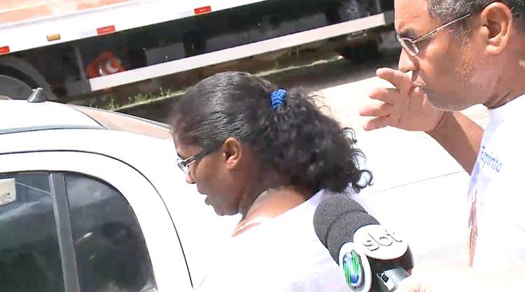 Mãe de menina morta em suposto ritual diz que está sendo vítima de intolerância religiosa