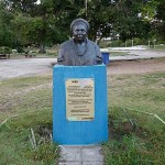 Busto de mãe Gilda é alvo de vandalismo em Itapuã