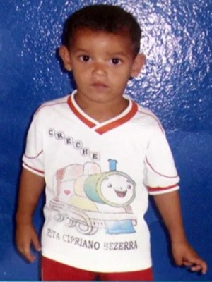 Menino foi visto pela última vez com vizinho, na cidade de Sumé (Foto: Reprodução/TV Paraíba)
