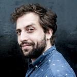 Humorista do Porta dos Fundos fala de processos contra o programa e defende regulamentação de drogas