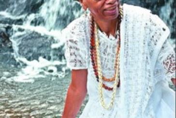 DIA DAS MÃES:  Livro resgata trajetória da sacerdotisa Equede Sinha e do terreiro Casa Branca
