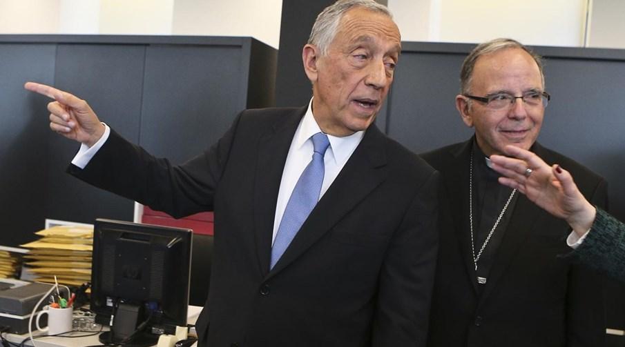 O Presidente da República de Portugal, Marcelo Rebelo de Sousa (esq