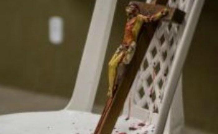 Projeto de lei no Ceará proíbe sátira ou 'ridicularização' de religiões