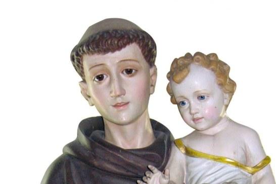 Conheça 5 simpatias de Santo Antônio para encontrar o amor