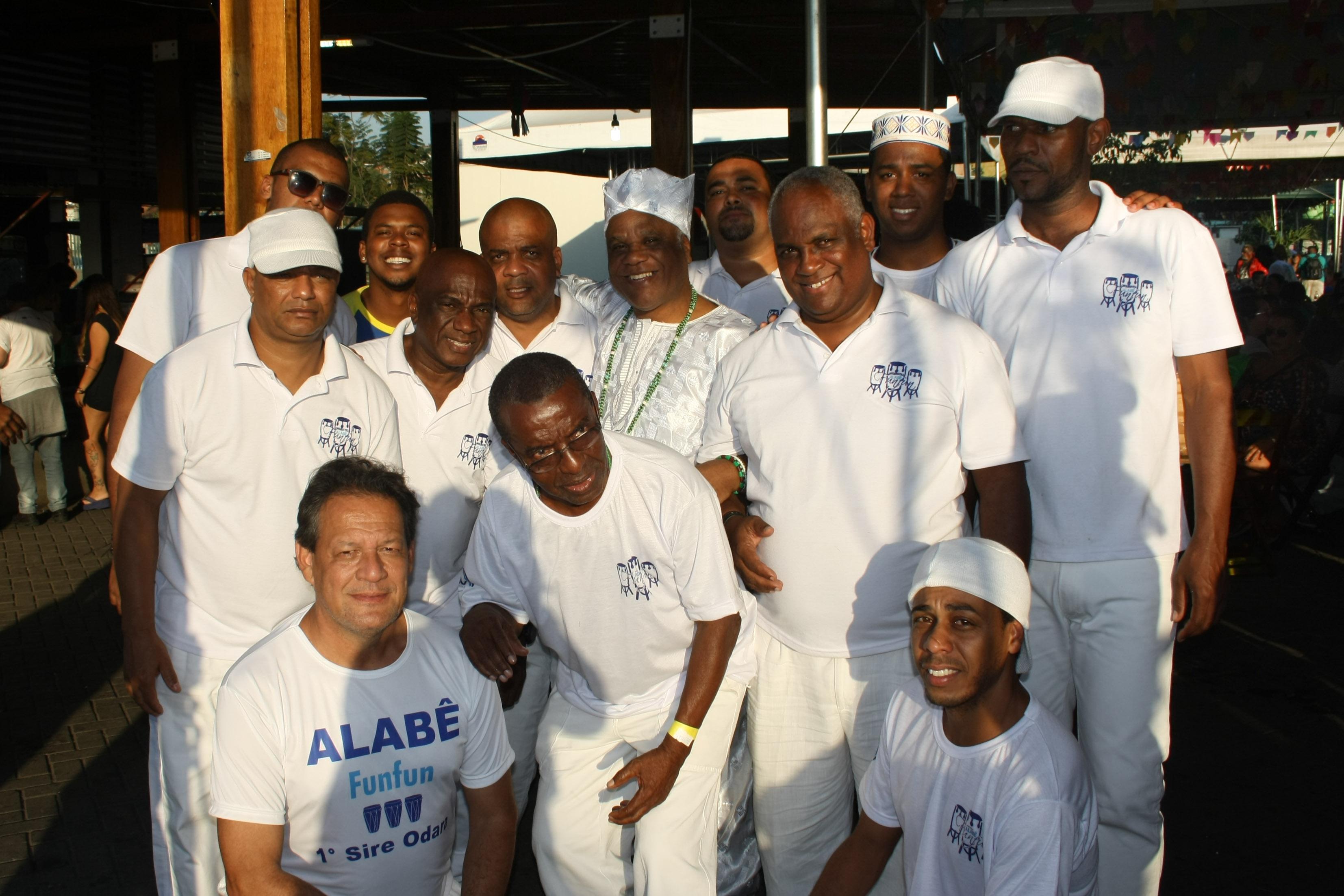 - Ivanir com Orquestra Alabe Fun Fun