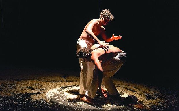 O espetáculo Raimundos é o precursor do documentário sobre Mestre King, que estreia quinta, às 20h30, no Espaço Itaú Glauber Rocha(Foto: Tiago Lima/ Divulgação)