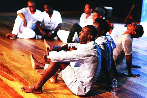 A percussão de nomes como Gabi Guedes é forte nas coreografias(Foto: Gessica Fontana/ Divulgação)