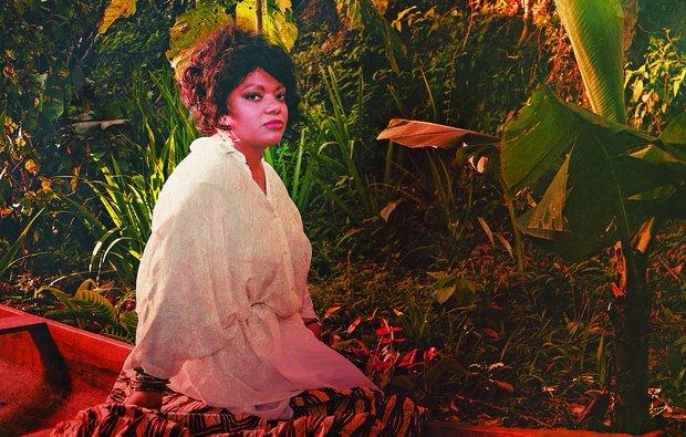 Serena, que morreu em março deste ano, é a diretora artística do álbum Ascensão (Foto: Divulgação)