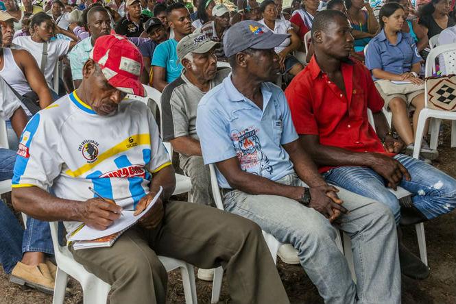 Processo de Consulta Prévia com comunidades afro em Cabo Manglares. Foto: Departamento de Parques Nacionais/Colômbia