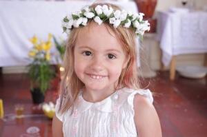 A pequena Ana Valentina toda sorridente (Foto: Sarah Garcia)