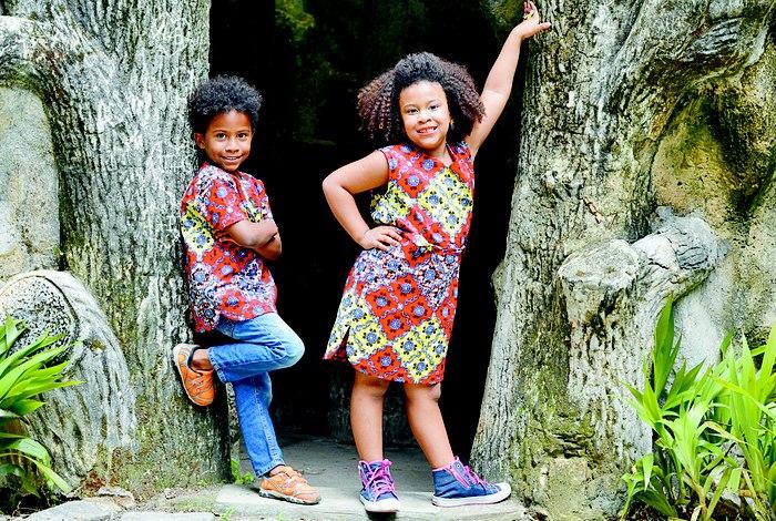 Estilo do VB Atelier (acima) nas peças para crianças: identidade cultural estampada na roupa.Divulgação
