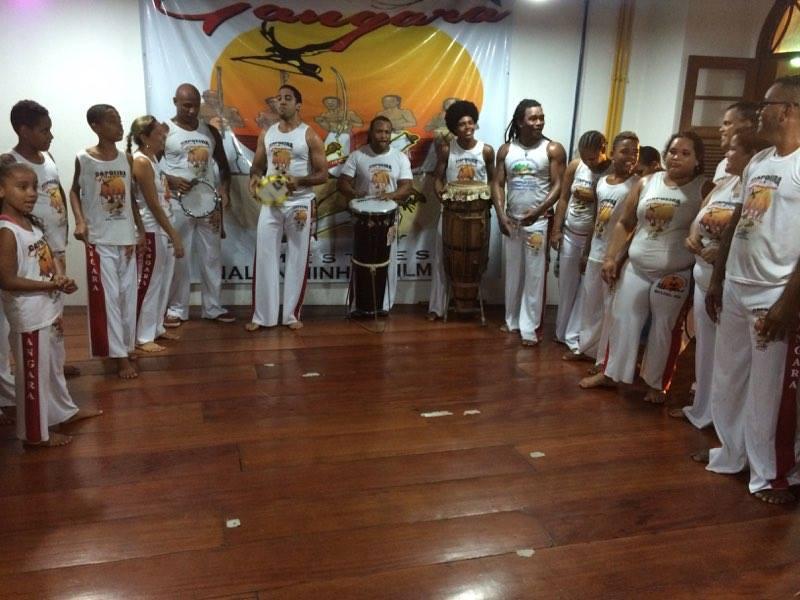 Grupo de capoeira de edições anteriores!