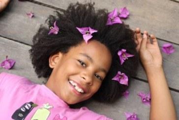 Na internet e em campanhas de grifes, crianças fazem sucesso com cabelo afro