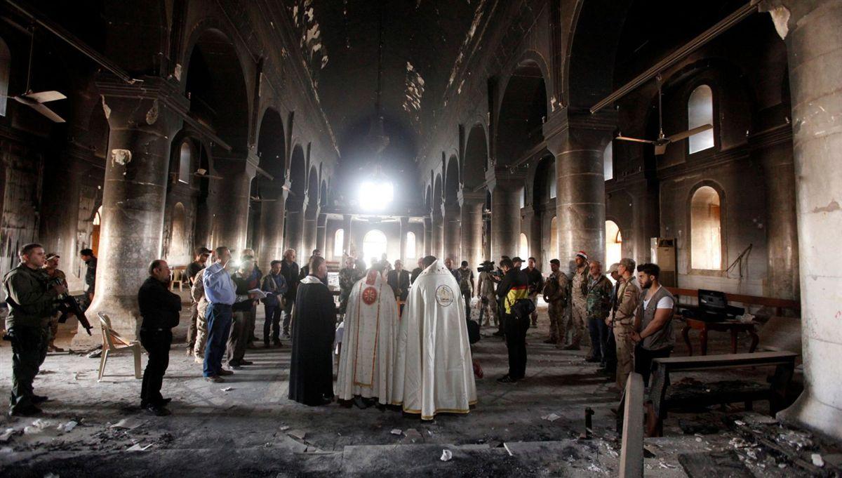 Igreja da Imaculada Conceição em Qaraqosh, semi-destruída pela guerra no Iraque   |  REUTERS