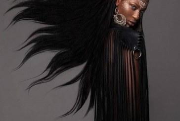 Esta mulher conquistou um prêmio pela melhor coleção de cabelos do ano passado