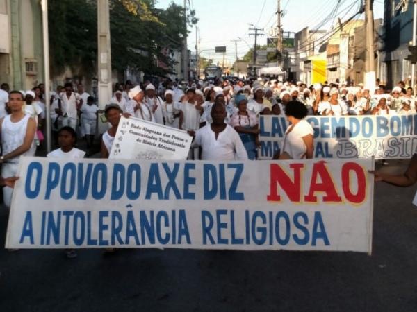 Faixa mostra protesto de religiosos contra o preconceito  FOTO: JOBISON BARROS