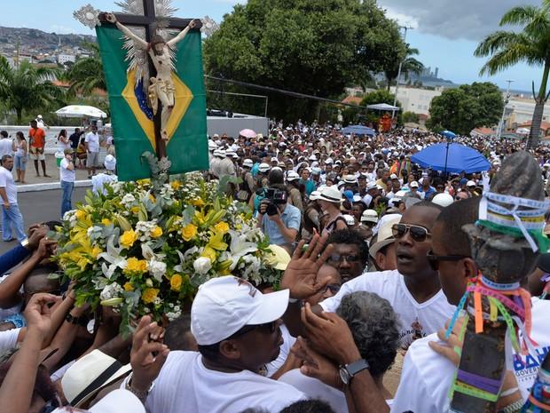A Lavagem do Bonfim é uma preparação para a celebração em homenagem ao Senhor, que ocorre no domingo (Foto: Josemar Pereira/Ag Haack)