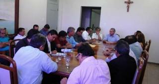 Pastores tiveram uma reunião com o prefeito para pressioná-lo